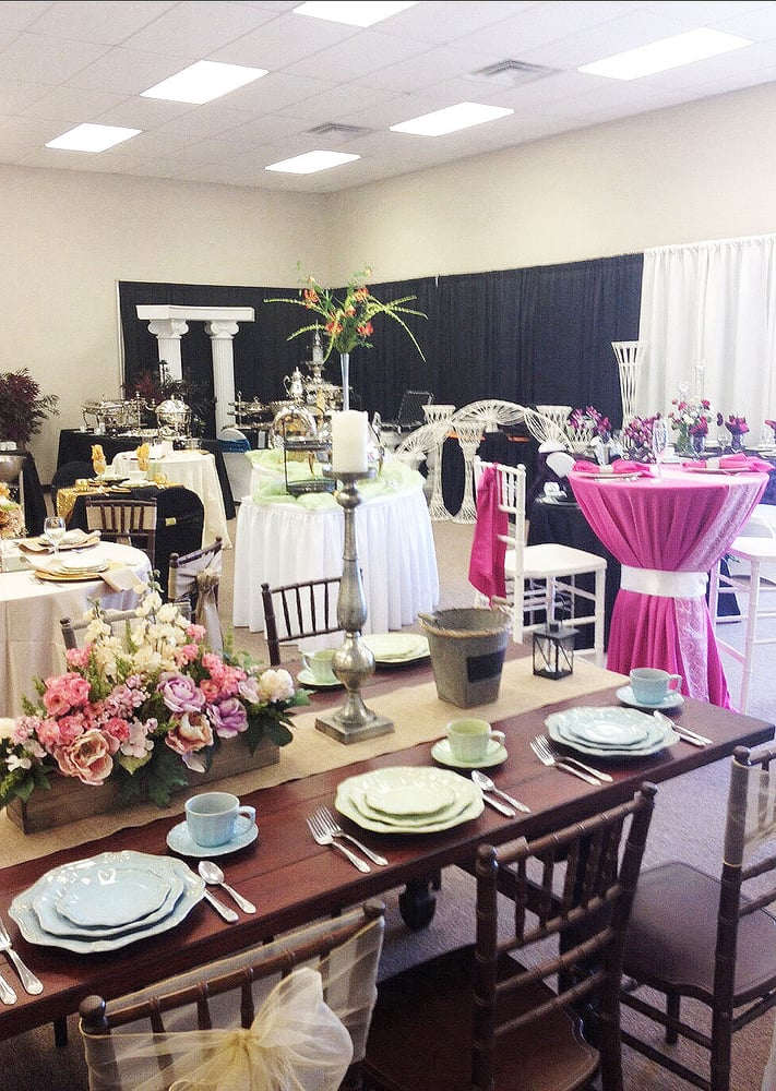 Campbell Tent & Party Rentals: 3309 Regal Dr, Alcoa, TN
