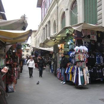 Mercato di San Lorenzo - 76 foto e 37 recensioni - Mercatini delle ... b66483216b7