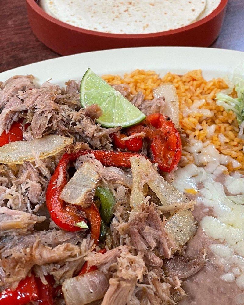 Gonzalez Mexican & American Grill: 10 N 3rd St E, Soda Springs, ID