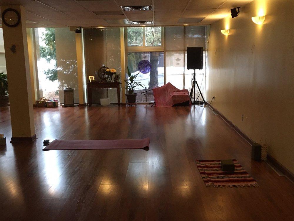 Karma Yoga: 3683 W Maple Rd, Bloomfield Hills, MI