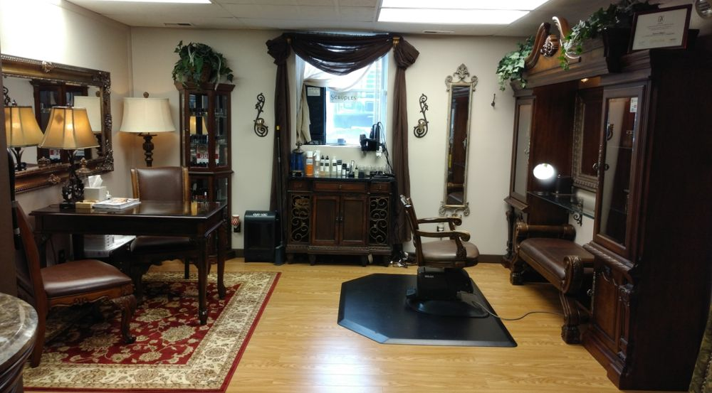 Hot Looks Salon & Spa: 3685 W Outer Rd, Arnold, MO