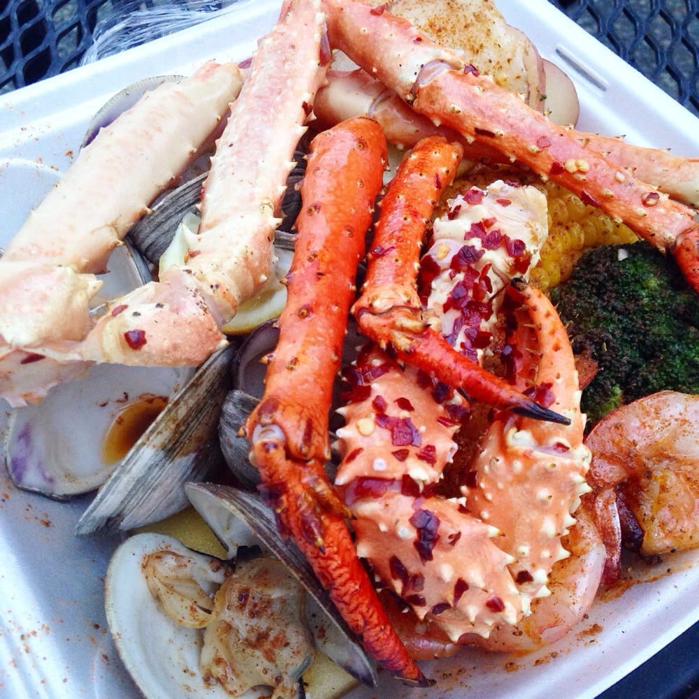6 10 large shrimp 1 crab cluster and 6 clams platter yelp for Chicago fish and chicken menu