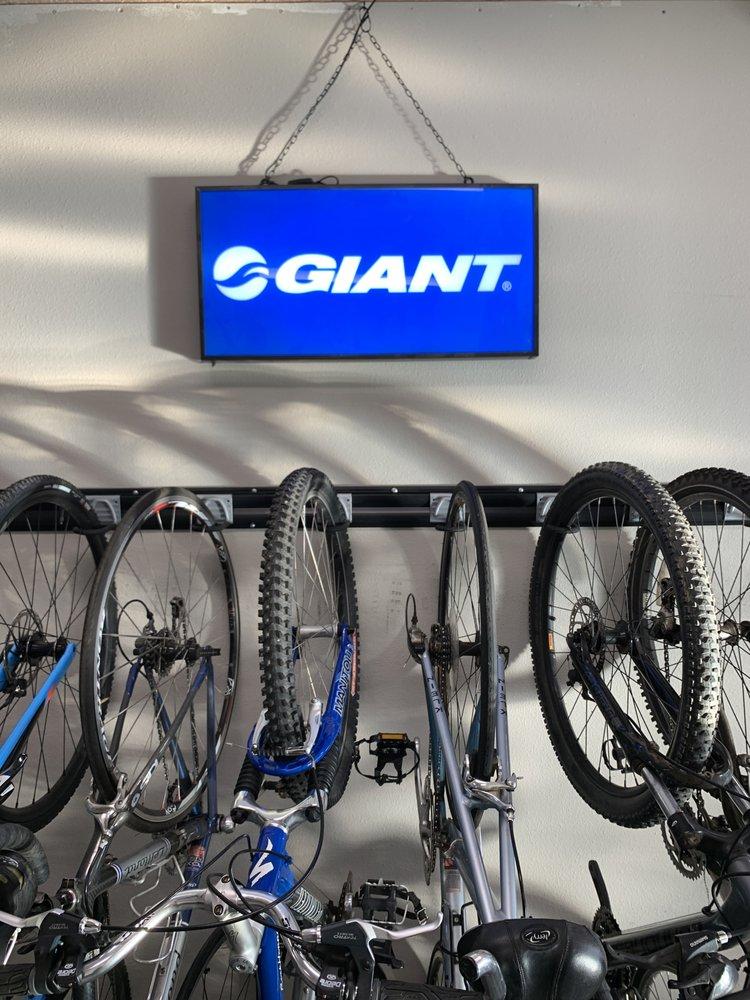 Lodi Cyclery: 312 N Ham Ln, Lodi, CA