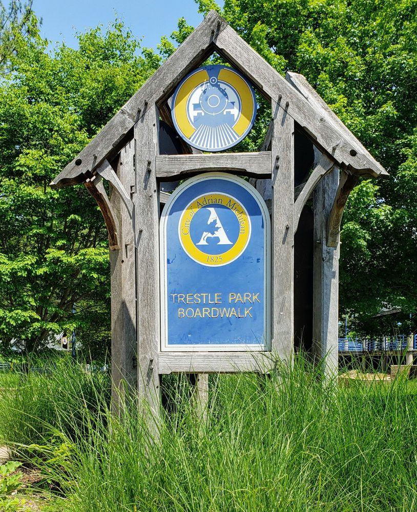 Social Spots from Trestle Park