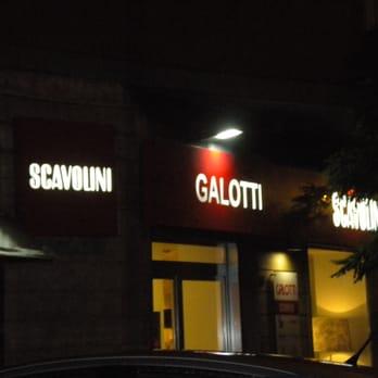 Arredamenti galotti chiuso negozi d 39 arredamento for Casa italia arredamenti napoli