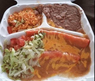 Big A's Tacos: 1767 State Highway 173 N, Devine, TX