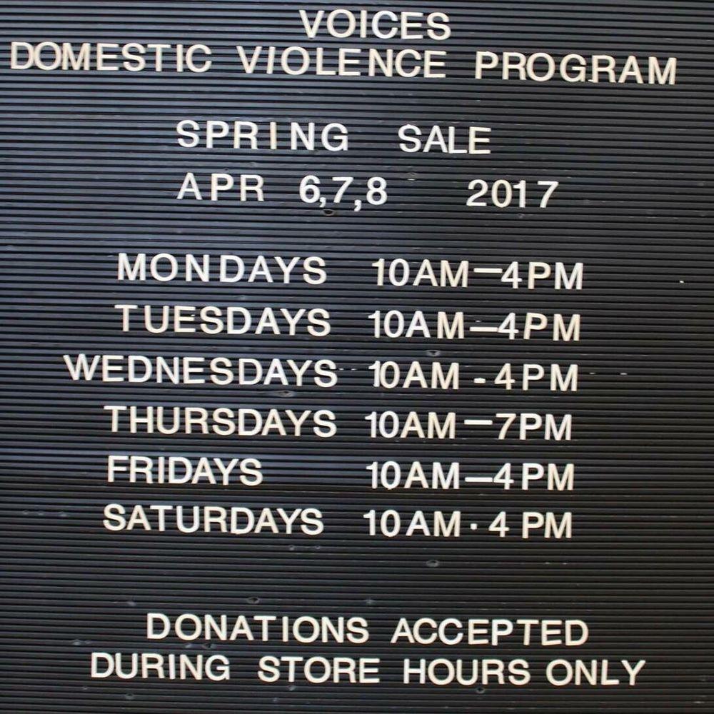 voices book nook: 1255 W Galena Ave, Freeport, IL