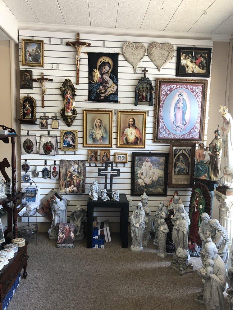 St Maximilian Kolbe Catholic Books and Gifts: 109 E 18th St, Owensboro, KY