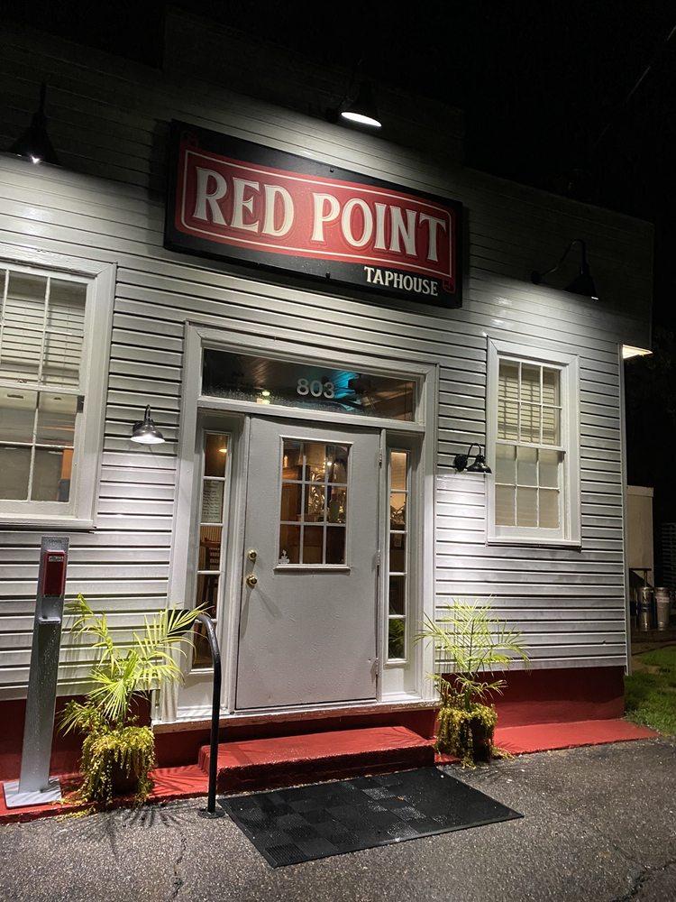 Red Point Taphouse: 803 S Church St, Smithfield, VA