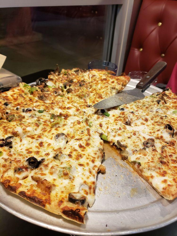 Westside Pizza: 5020 Rhonda Rd, Anderson, CA