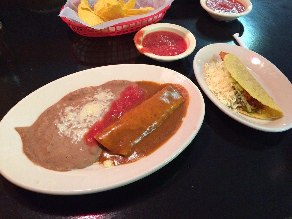 El Paso Mexican Restaurant: 6193 Deans St, Bailey, NC