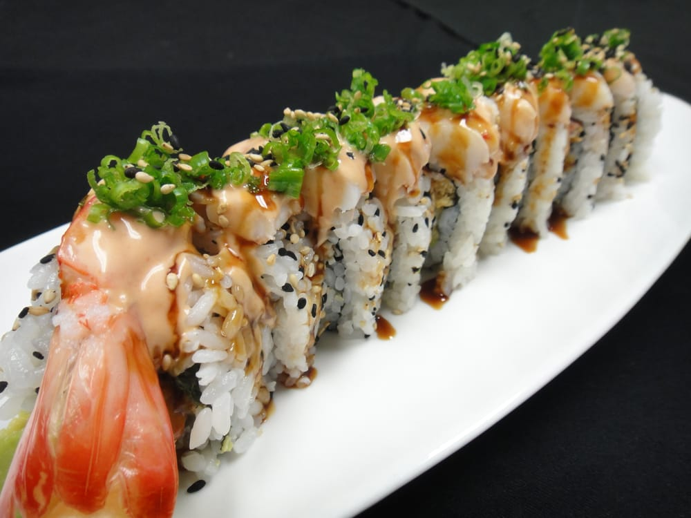 Monster roll 2 shrimp tempura inside with crunchy crab for Nove kitchen and bar