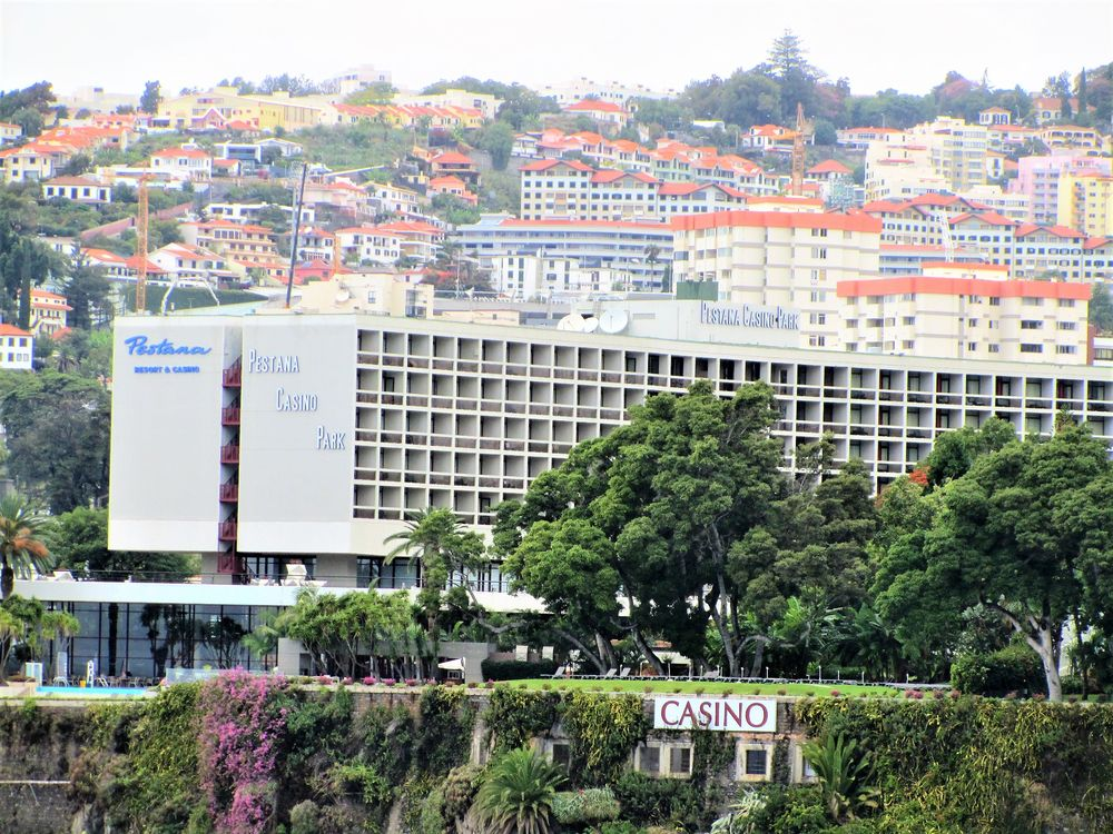 pestana casino park hotel funchal rua imperatriz da amelia