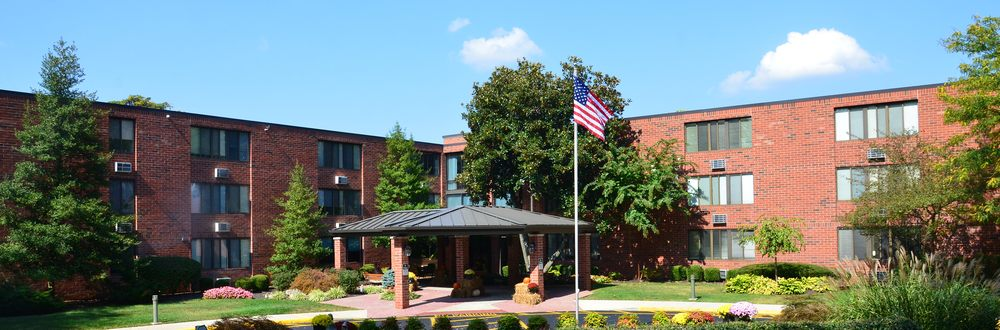 Brownsboro Park Retirement Community: 2960 Goose Creek Rd, Louisville, KY