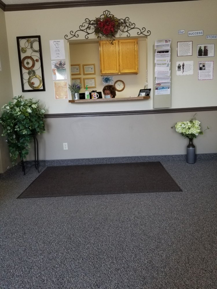 Hales Chiropractic: 360 S State St, Clearfield, UT