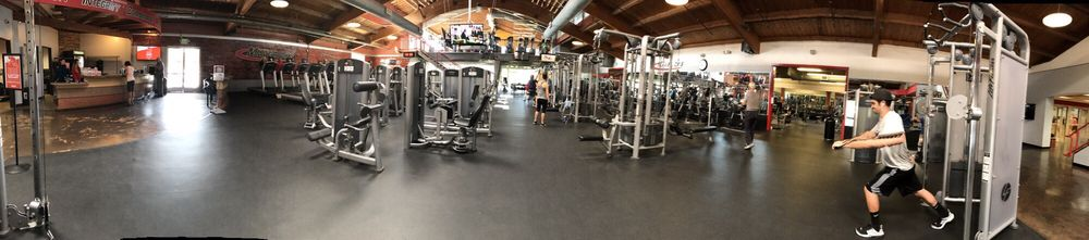 Mavericks Gym: 5171 Telegraph Rd, Ventura, CA