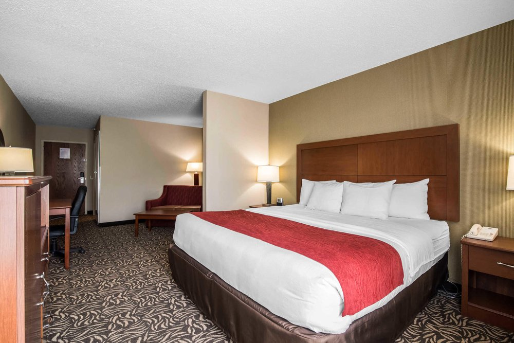 Clarion Inn & Suites - University Area: 2 1/2 Locust Ave., Cortland, NY