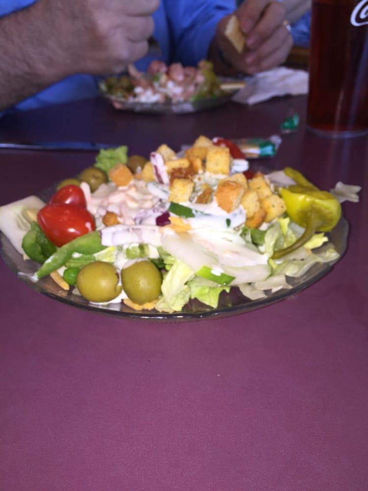 Golden Skillet Family Restaurant: 110 E Rush St, Brookneal, VA