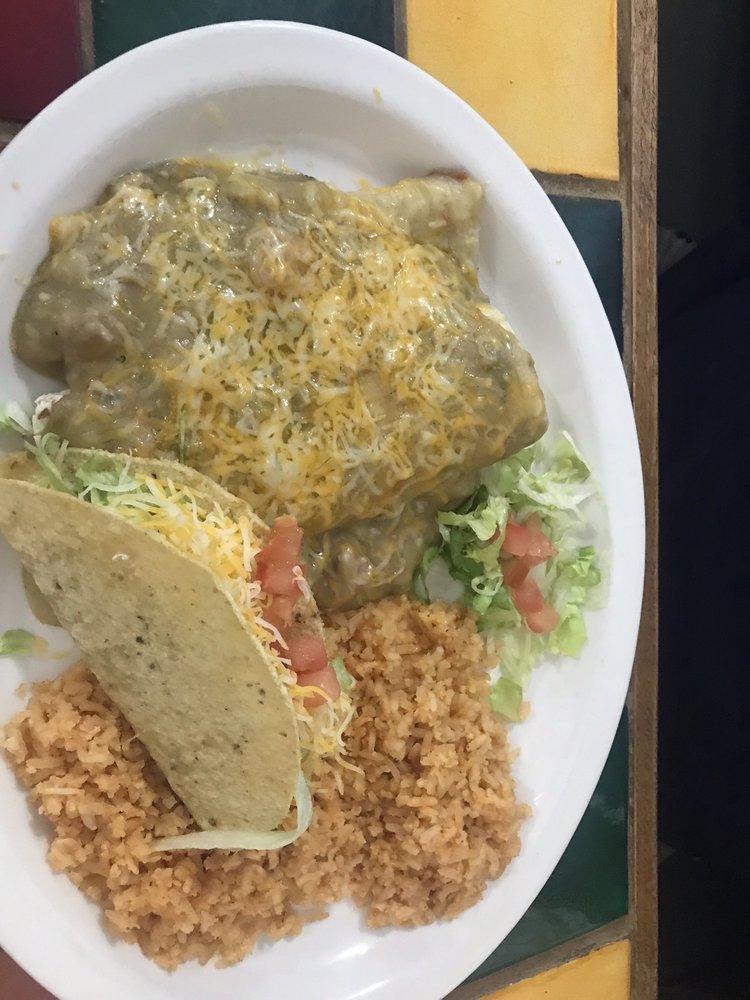 Casa Blanca Cafe On East Route 66: 1201 E Second St, Winslow, AZ
