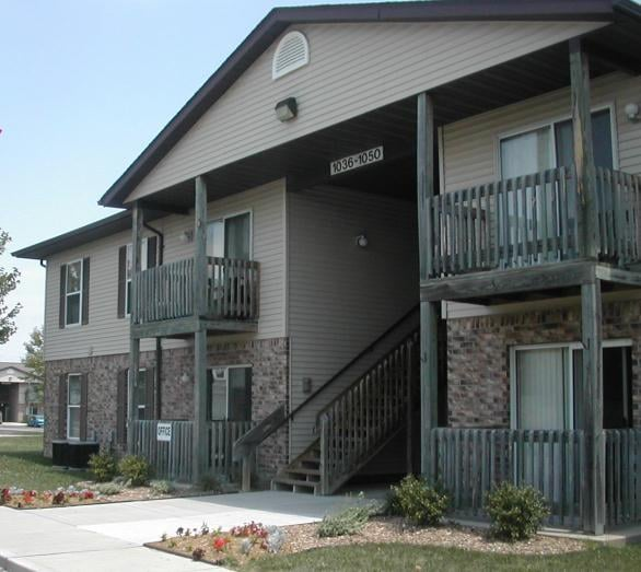Pinewood Place Apartments