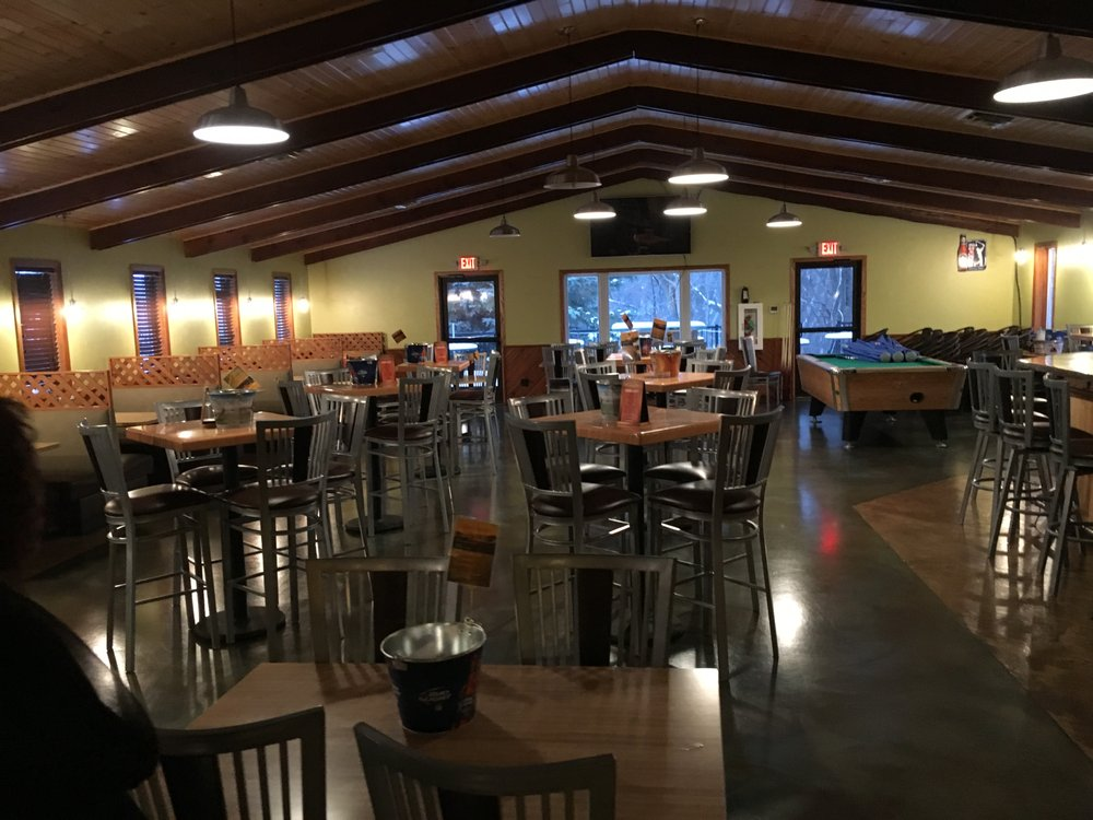 Ambiance on Albion: 2321 Albion Ave, Fairmont, MN