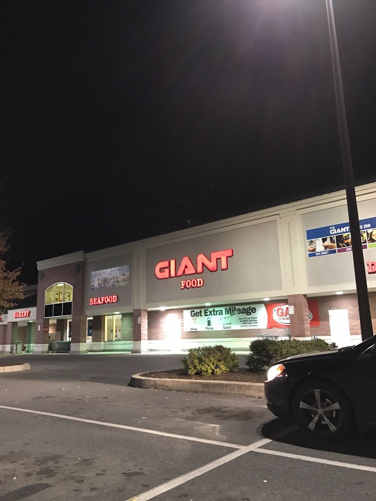 Giant Food Store: 360 S 2nd St, Mc Connellsburg, PA