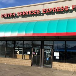 commercial drivers license facility west chicago illinois