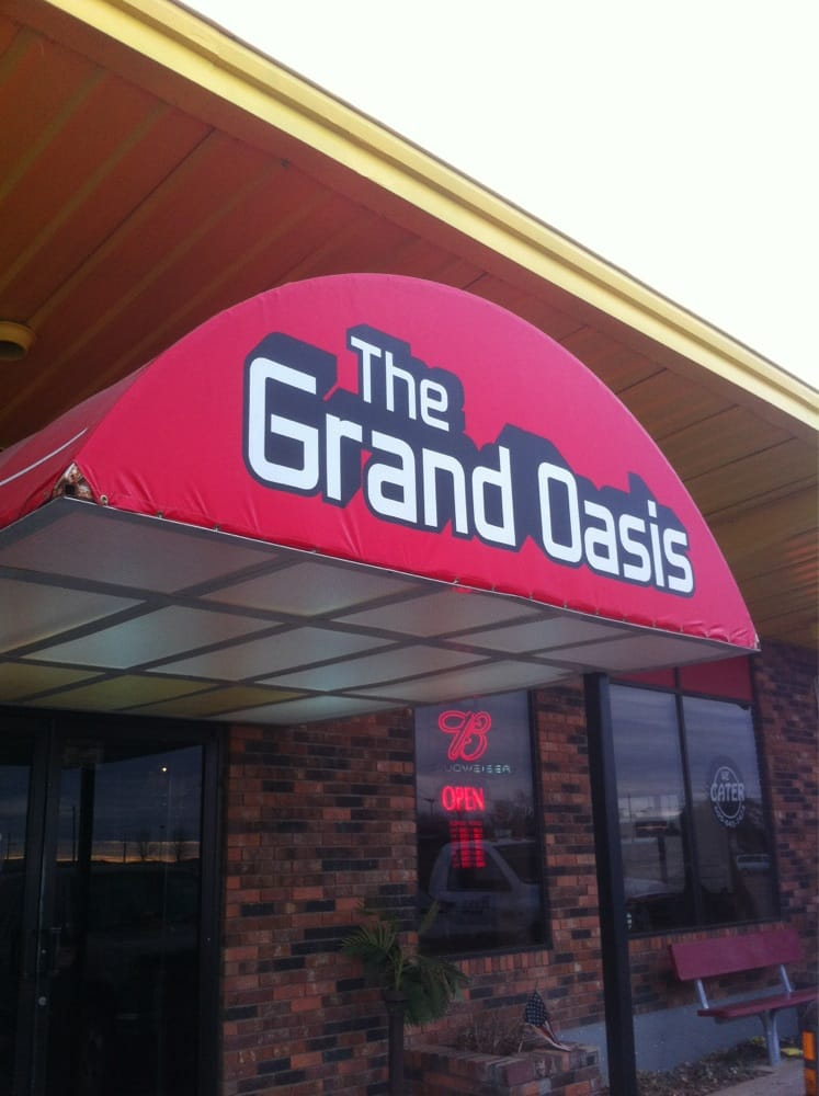The Grand Oasis: 6TH St W, Mobridge, SD