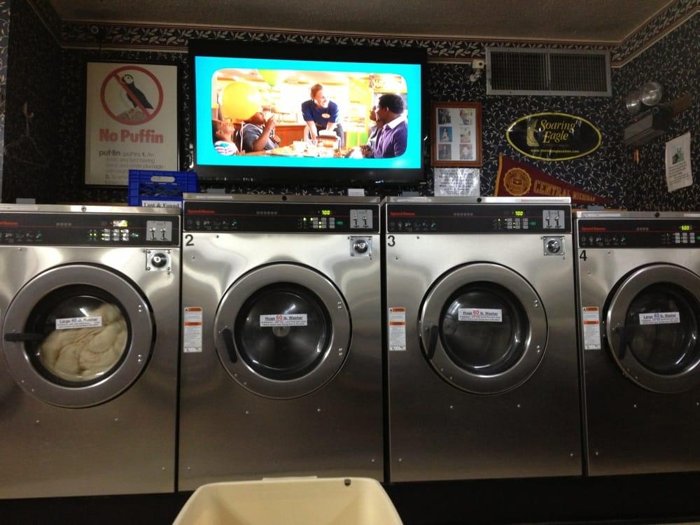 Clean Scene Laundromat: 4864 E Pickard St, Mount Pleasant, MI