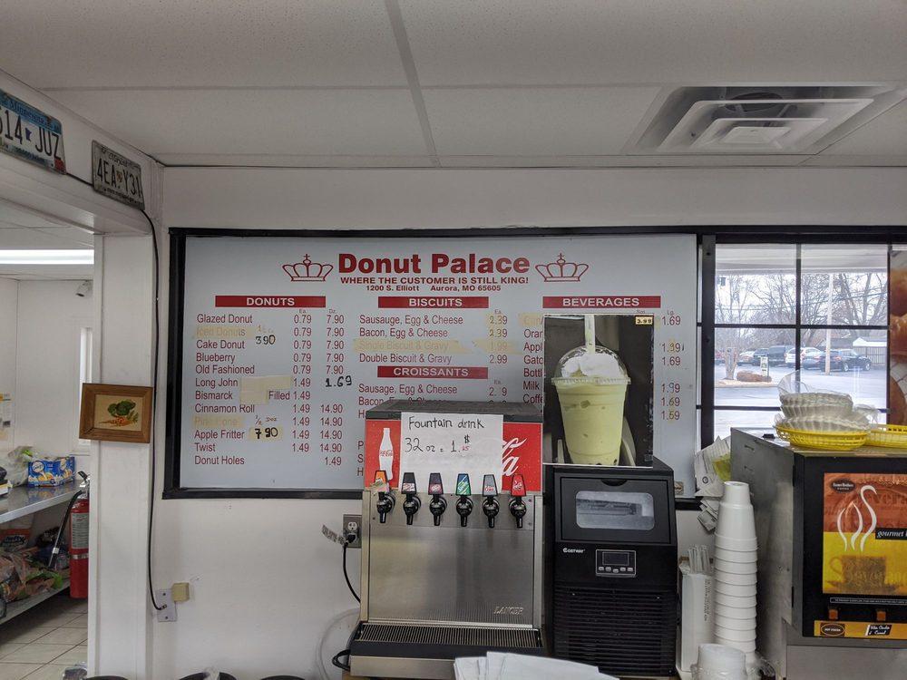 Donut Palace: 1200 S Elliott Ave, Aurora, MO