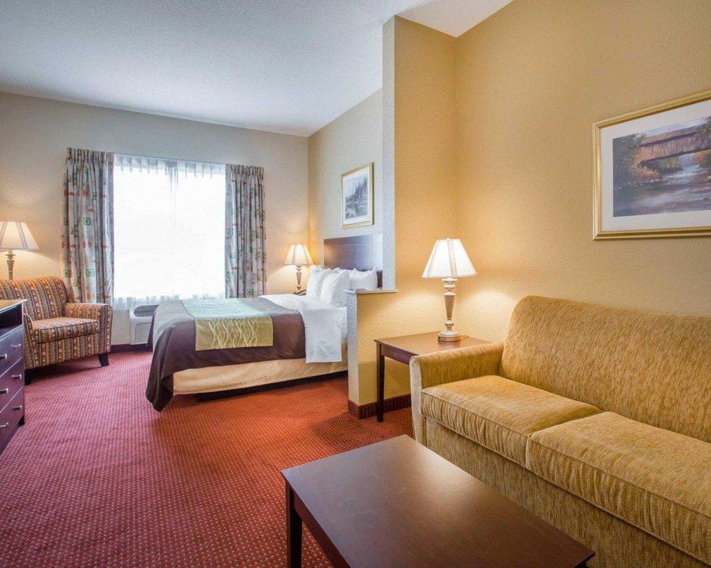 Comfort Inn Blackshear Hwy 84: 155 Main St, Blackshear, GA