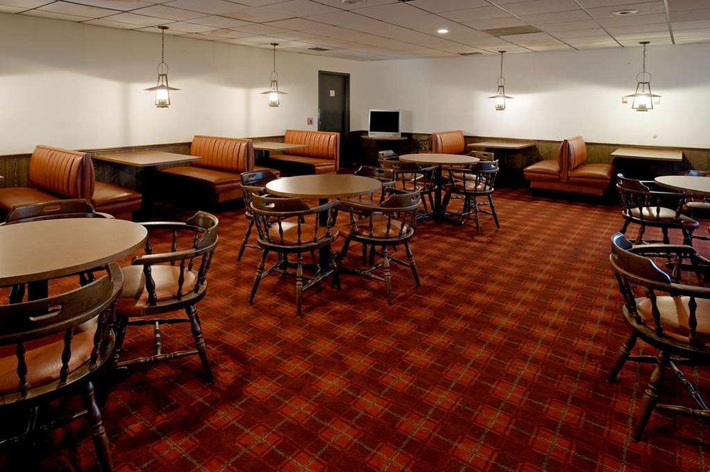Americas Best Value Inn Bowie: 2436 Highway 287 South, Bowie, TX
