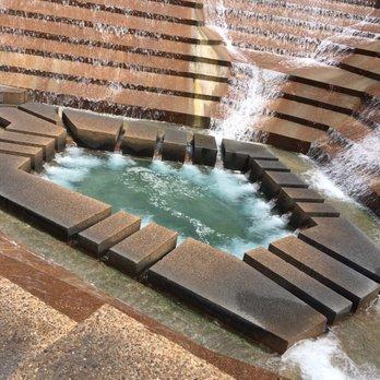 Fort Worth Water Gardens 531 Photos 166 Reviews Parks 1502