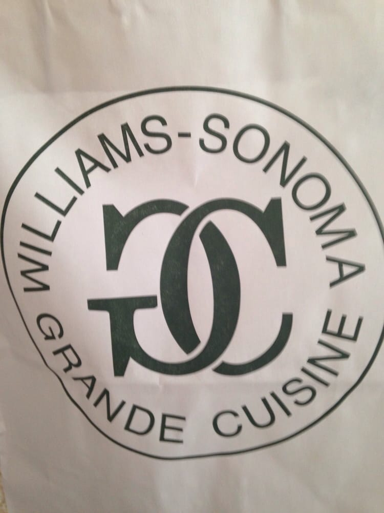 Williams-Sonoma Outlet: 8600 Factory Shops Blvd, Jeffersonville, OH