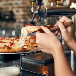 Johnny S New York Style Pizza