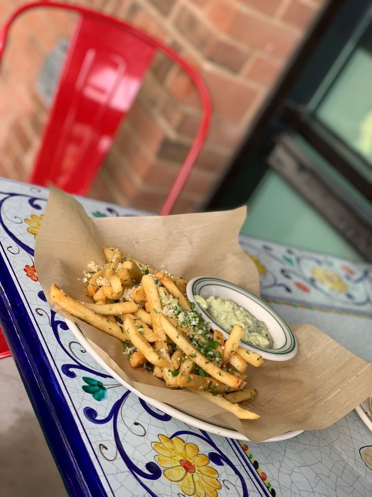 Mandola's Italian Kitchen: 12100 W Parmer Ln, Cedar Park, TX
