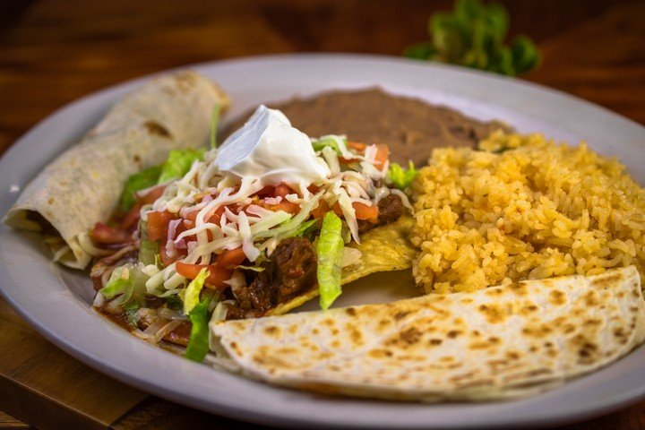 Camino Real Mexican Grill: 3851 Fort St, Wyandotte, MI