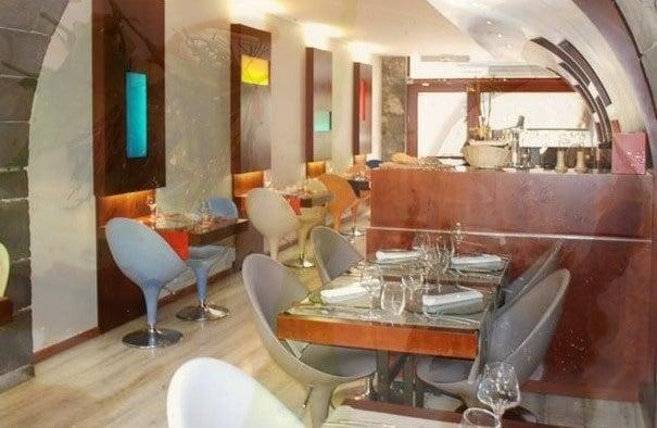 le comptoir des saveurs restaurants 5 rue sainte. Black Bedroom Furniture Sets. Home Design Ideas