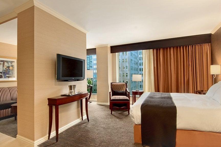 guest room junior suite king yelp. Black Bedroom Furniture Sets. Home Design Ideas