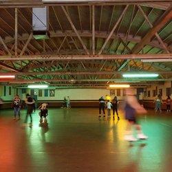 Santa Cruz Roller Palladium Photos Reviews Skating Rinks - Roller skating rink flooring for sale