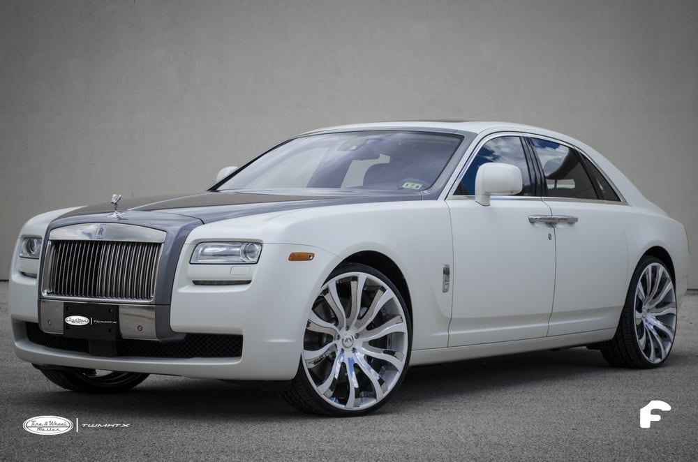 Rolls Royce Ghost with a full body Matte Pearl White Vinyl ...