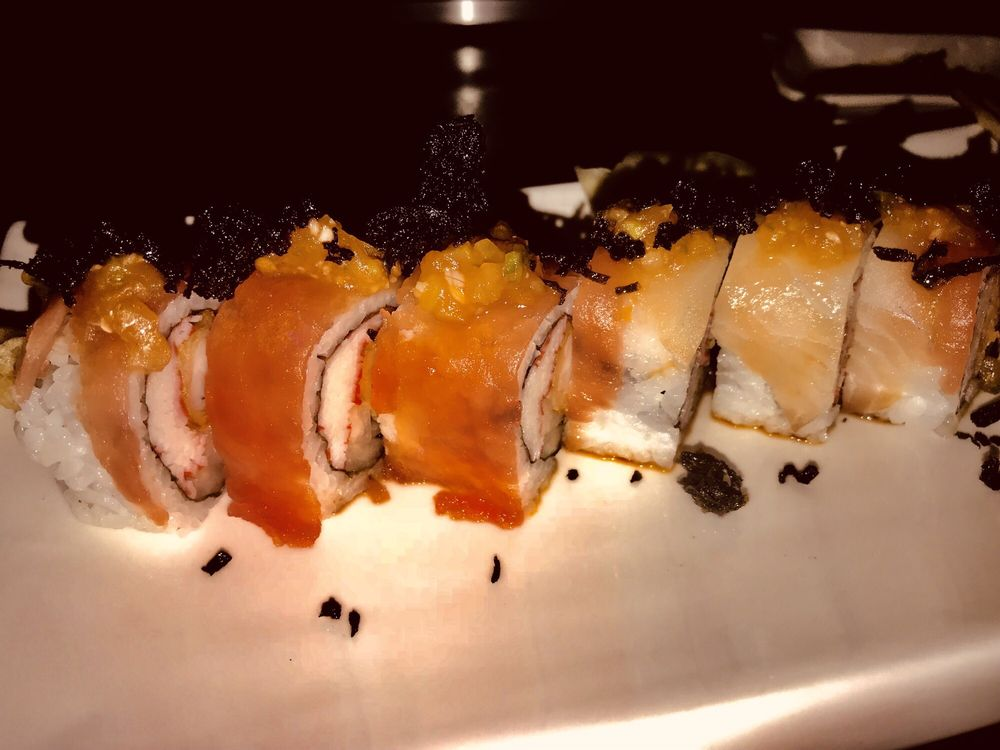 Toke Sushi & Grill: 2459 2nd Ave E, Oneonta, AL