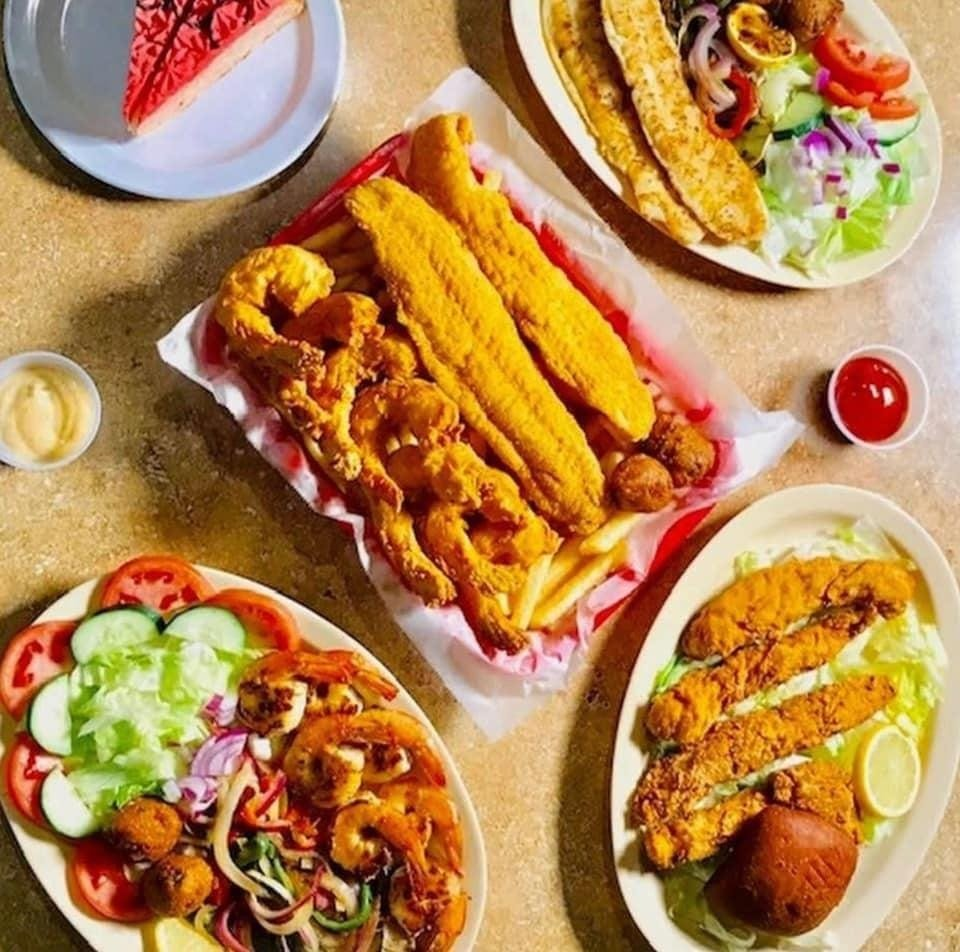 Sam's Southern Eatery Austintown: 4837 Mahoning Ave, Austintown, OH