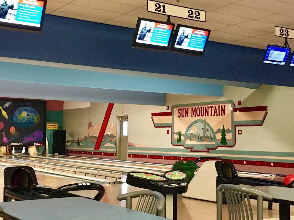 Sun Mountain Fun Center: 300 NE Bend River Mall Dr, Bend, OR