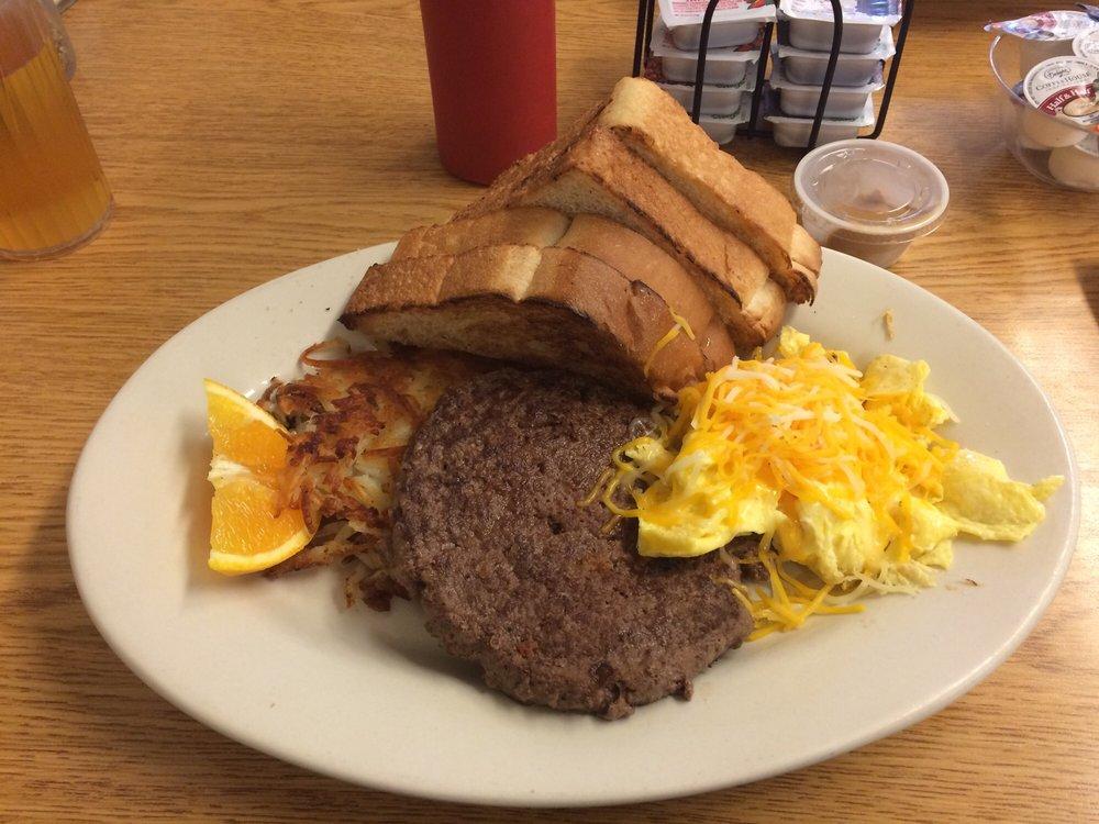 Hans House Restaurant: 116 N Central Ave, Elbow Lake, MN