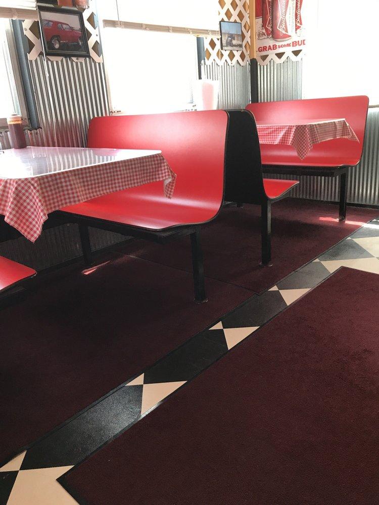Ross's Bbq Restaurant: 304 E 8th St, Coffeyville, KS