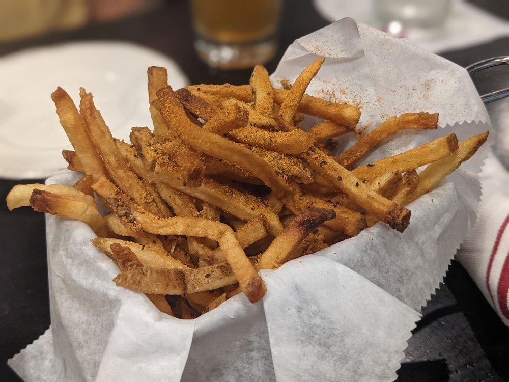 Fat City Kitchen: 330 S Pickett St, Alexandria, VA