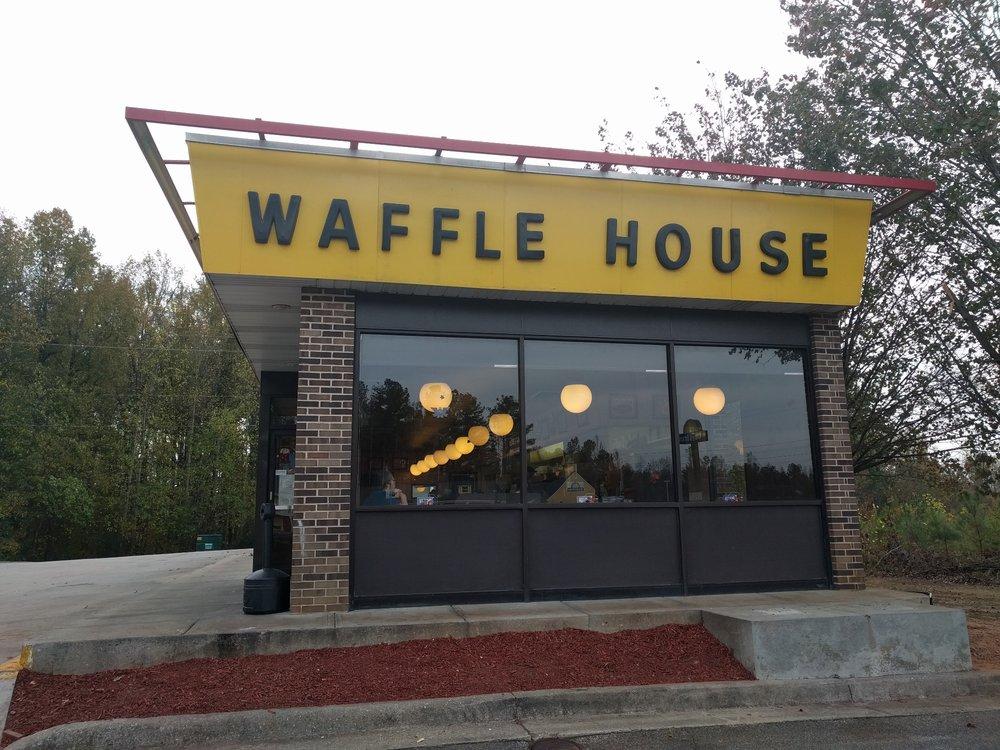 Waffle House: 1292 Level Grove Rd, Cornelia, GA