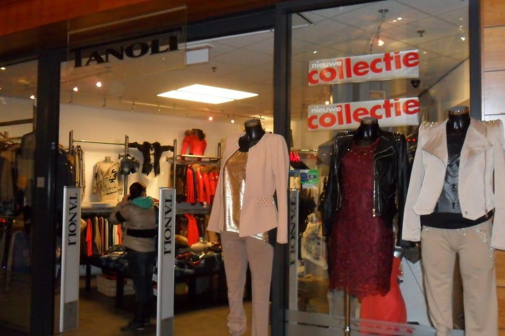 Tanoli Vrouwenkleding Nieuwe Binnenweg 10 A, Rotterdam