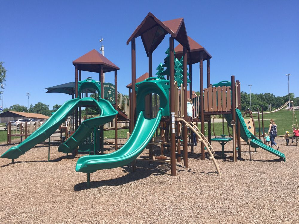 Hampton Community Park: 3101 McCully Rd, Allison Park, PA